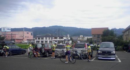12駐車場.JPG