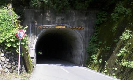 06トンネル.JPG